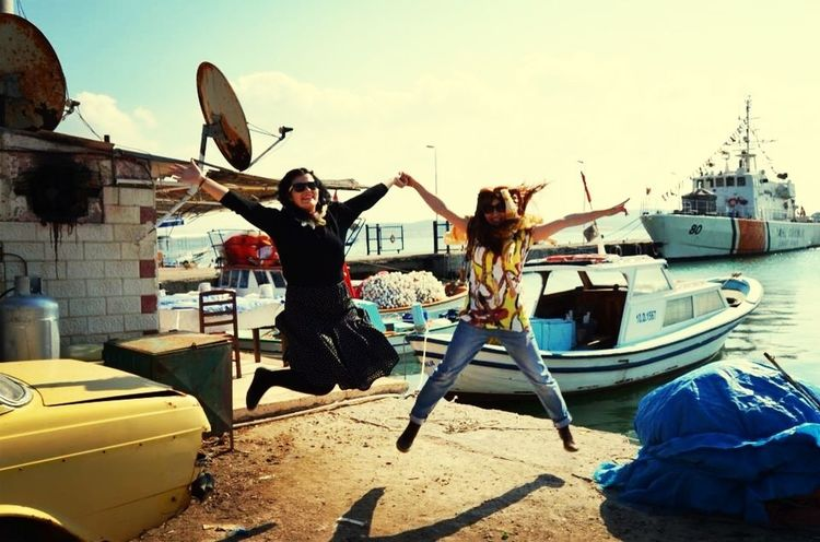 Jumpstagram Jumping with sister As Usual ??