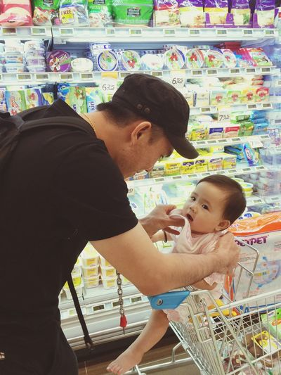 Awwww~~ Father And Daughter Fatherlylove Love Firstborn Cutiepie