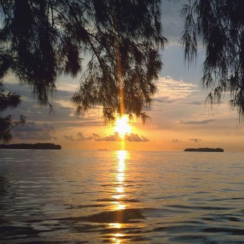 Sunset Bira Pulaubira Sunset KepulauanSeribu