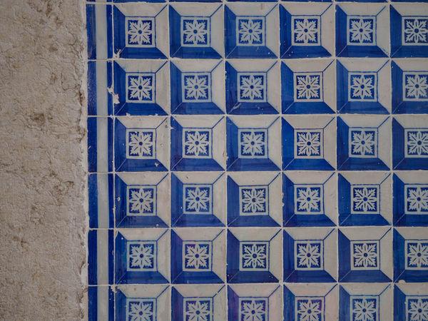 Portugal Portuguese Tiles  Wall Blue And White Lisboa Lisbon Pattern Tiles
