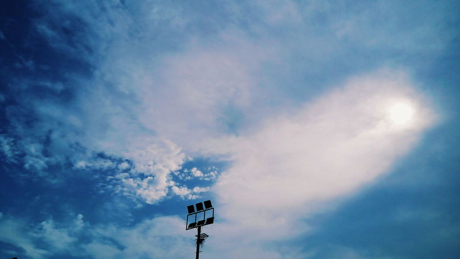 Embellishments of The Sky Aesthetics Architecture Art Is Everywhere Pink Silhouette Silouette & Sky Silver Lining Sky And Clouds Sky Collection The Great Outdoors - 2017 EyeEm Awards The Week On EyeEm VSCO Aestheticism Arch Architectural Feature Architecturelovers Blue Sky Golden Hour Pink Color Silver Colored Sky Sky Only Sky_collection Skyporn Streetphotography