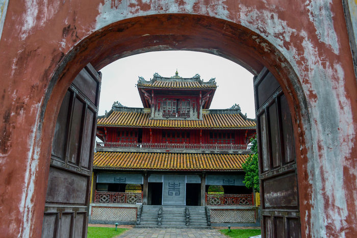 Hue's Imperial Enclosure Vietnam Frame It! Framed Huế Imperial Ngo Mon Vietnam Enclosure Frame Lookthrough Temple Temple - Building Vietnam Travel Vietnam Trip Vietnamphotography Vietnamtravel