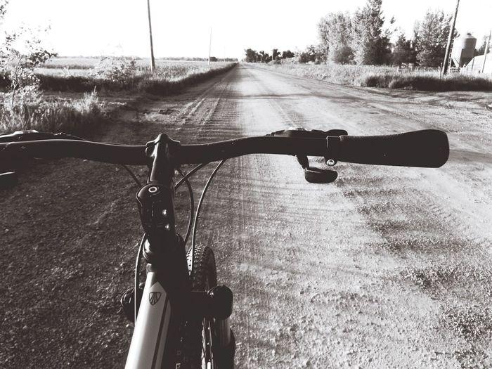 Blackandwhite Photography Dirt Road Bike Mountainbike Trek Bikeride Southdakota