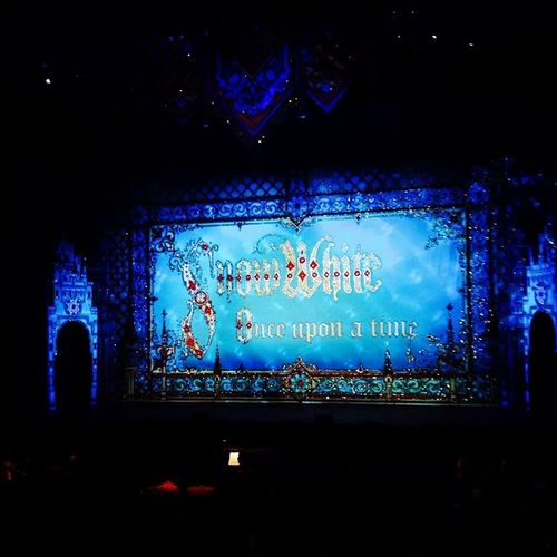 Snow White Once upon a time Pantomine Miltonkeynes Ohyesitis