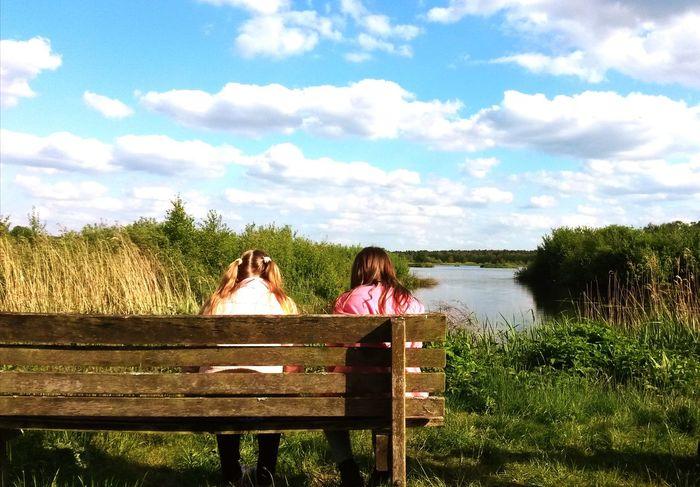 Secret Lake Bench Relaxation Nature Природа озеро разговор беседа лавочка подружки секрет дружба