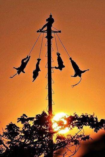 Voladores De Papantla Mexico