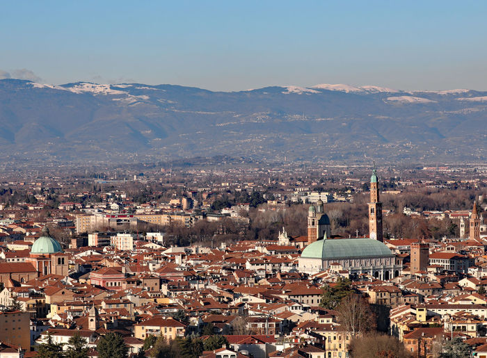 Vicenza city in italy is the famous monument called basilica palladiana
