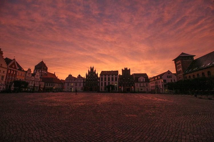 Architecture Building Exterior Built Structure Sky Sunset No People Outdoors Red City Cityscape Night Greifswald Canonphotography Sonnenaufgang Nofilter