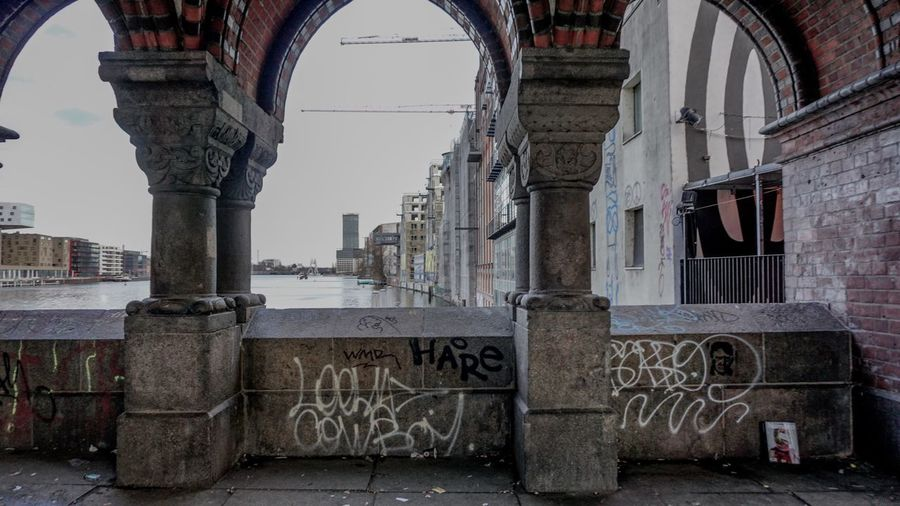 EyeEm Gallery EyeEm Selects EyeEm Best Shots EyeEmNewHere Berlin Photography Berliner Ansichten Berlin Architecture Architecture Built Structure Building Exterior Building Day No People City Wall - Building Feature Art And Craft Graffiti Sky