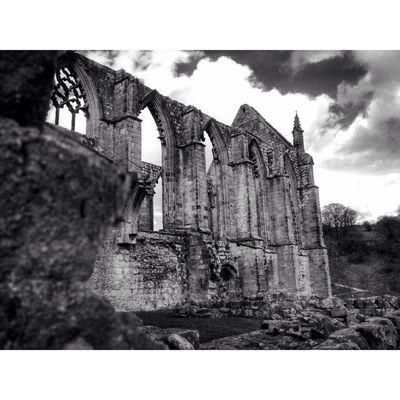 BoltonAbbey Yorkshire CapturingBritain Bw Bnwbutnot Princely_bw Capturingbritain_bnw Nexus_bnw Bnw_calabria Bw_crew Fiftyshades_of_history