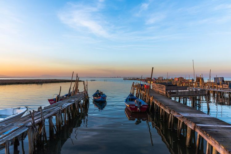 Harbour Pier Por Do Sol Porto Portugal Wood Alcacer Do Sal Barco Boat Cais Carrasqueira Comporta Horizon Over Water Nature Outdoors Palafitic Palafitico Reflection Scenics Sea Sky Sunset Water Wooden Post