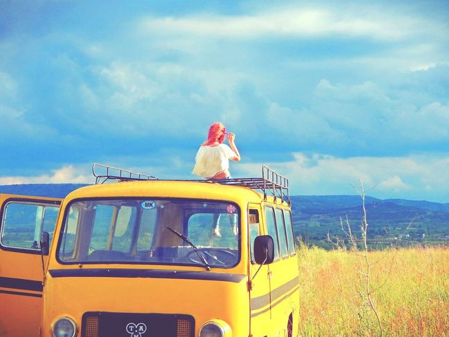 Lovethisplace Lovethispicture Yellowvan Hippielife Hippie ✌ Hippiegirl Hippie Style Hippies! Lovethislife  This Is Me RedHAIR ❤ Green Green Green!  Nature_perfection Me Blue Sky Sky Freedom