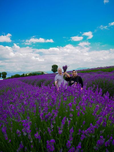 My family and Lavender 🥰 Photooftheday Instagood Istanbul Europe Garden Love Trees Lavanda Purple Flower Purple Trees Discovery Sonyalpha Nature Photography Family Flowers Flower Head Lavander Turkey ısparta Earth Natgeo Naturelovers Flowering Plant Flower Plant Beauty In Nature Growth Sky This Is Natural Beauty EyeEmNewHere Holiday Moments A New Perspective On Life Human Connection Moments Of Happiness International Women's Day 2019 Moms & Dads The Great Outdoors - 2019 EyeEm Awards