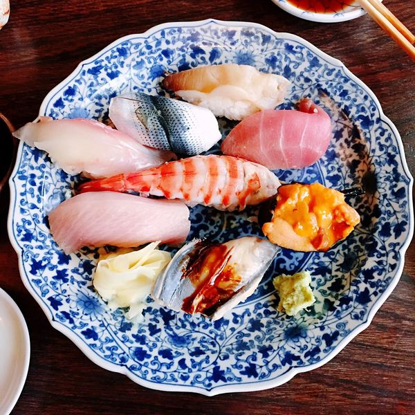 Show Us Your Takeaway! Sushi Hungry ? Japanese Food Taking Photos Food Food Photography