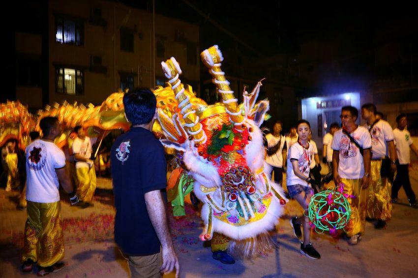 英姿勃勃 Dragon dance parade Night Lights Light And Shadow Light And Shadows Dragon Dance Parade Things I Like EyeEm Masterclass EyeEm Gallery Yeung Uk Tsuen Yuen Long Hong Kong