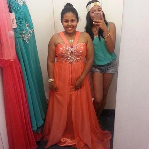 en busca del vestido perfecto □ Promdance Segraduomigorda