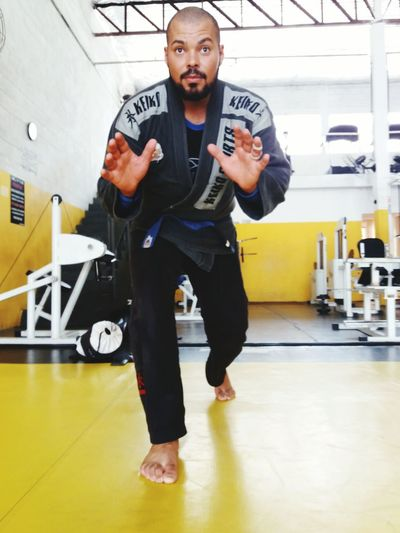 Jiujitsu Bjj - Jiu Jitsu Bjj Lifestyle Bjjfighter Jiujitsulifestyle Jiujitsunaveia Jiujitsuemuaythai Full Length Looking At Camera Young Adult Portrait Indoors  One Person Adults Only Men Only Men Prison Adult One Man Only Workshop People Day