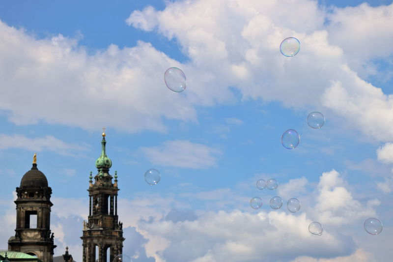 Architecture Beauty In Nature Bubble Bubble Wand Building Exterior Built Structure Cloud - Sky Day Dresden Dresden / Germany Dresed Eye4photography  Flying Fragility Mid-air Nature No People Outdoors Sky