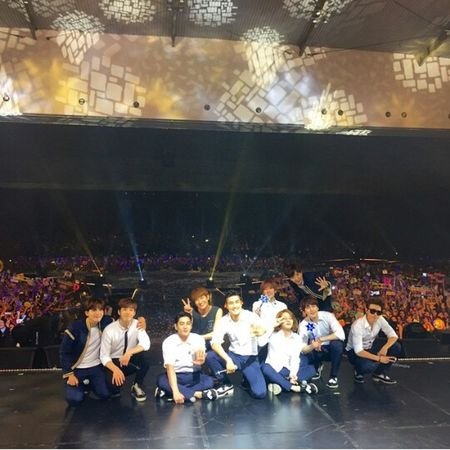 "Took wonderfull pic...my brother in Christ..Siwon Choi..with all great team..after concert great team 'SuperJunior' at Jakarta May 2015..God bless and always pray for youuu...""Super Junior"" Korean Boyband Great Performance Choi Siwon SUPERJUNIORWORLDTOURINSEOUL EyeEmBestPics Handsome😍 SuperShow5 Colour Portrait"
