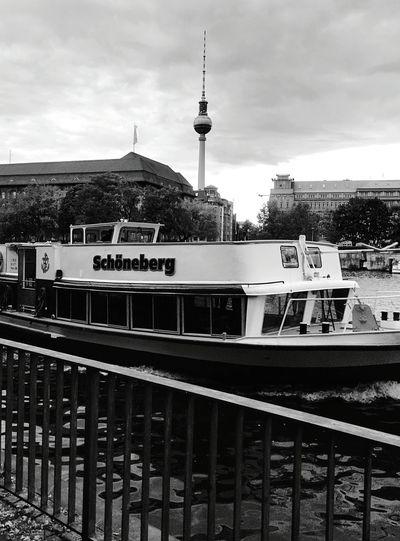 Day 322 - Schöneberg boat Berlin Blackandwhite Boat Tvtower 365florianmski 365project Day322