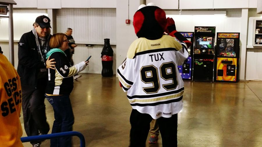 Funny Scranton Wilkes-Barre Pittsburgh Penguins Hockey Night Fan United States Ice Hockey Canada French Canadian People Photography Pennsylvania The Fan Club