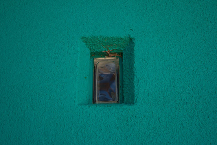 Varn Park Florida. Funky Buildings Lines Varn Park Florida Angles Angles And Lines Architecture Bathroom Blue Building Building Exterior Built Structure Closed Colorful Day Full Frame Geomerty Geometric Green Color House Low Angle View No People Old Outdoors Residential District Turquoise Colored Wall - Building Feature Window Wood - Material