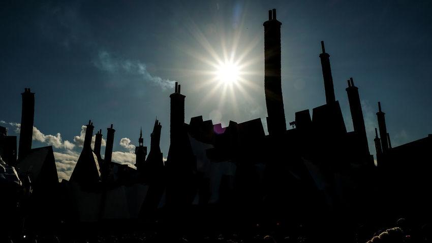 Architecture Cloud Day Exterior Building No People Osaka,Japan Outdoors Sky Sun Sunlight Sunrays Travel Destinations Universal Studios Japan USJ In Osaka Wizarding World Of Harry Potter WizardingworldofHarryPotter