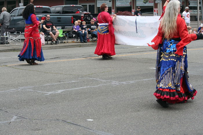 4th Of July 2016 4th Of July Parade Belly Dance Belly Dancer Celebration Celebration Event Parade Traditional Clothing Colour Of Life Festival Season