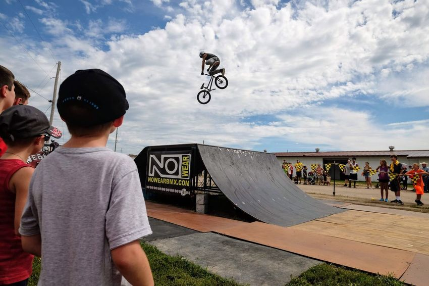 Nowear BMX Team Nebraska State Fair September 1, 2018 Grand Island, Nebraska Camera Work Check This Out Event EyeEm Best Shots FUJIFILM X-T1 Fujinon 10-24mm F4 Getty Images Grand Island, Nebraska Nebraska State Fair NowearBMX Photo Essay Photojournalism RISK Skill  Stunt Action Action Shot  Bicycle Bmx  Boys Child Childhood Cloud - Sky Day Extreme Sports Freestyle Group Of People Incidental People Leisure Activity Lifestyles Males  Men Mid-air Nature Outdoors People Real People S.ramos September 2018 Skateboard Park Skill  Sky Spectator Sport Stunt