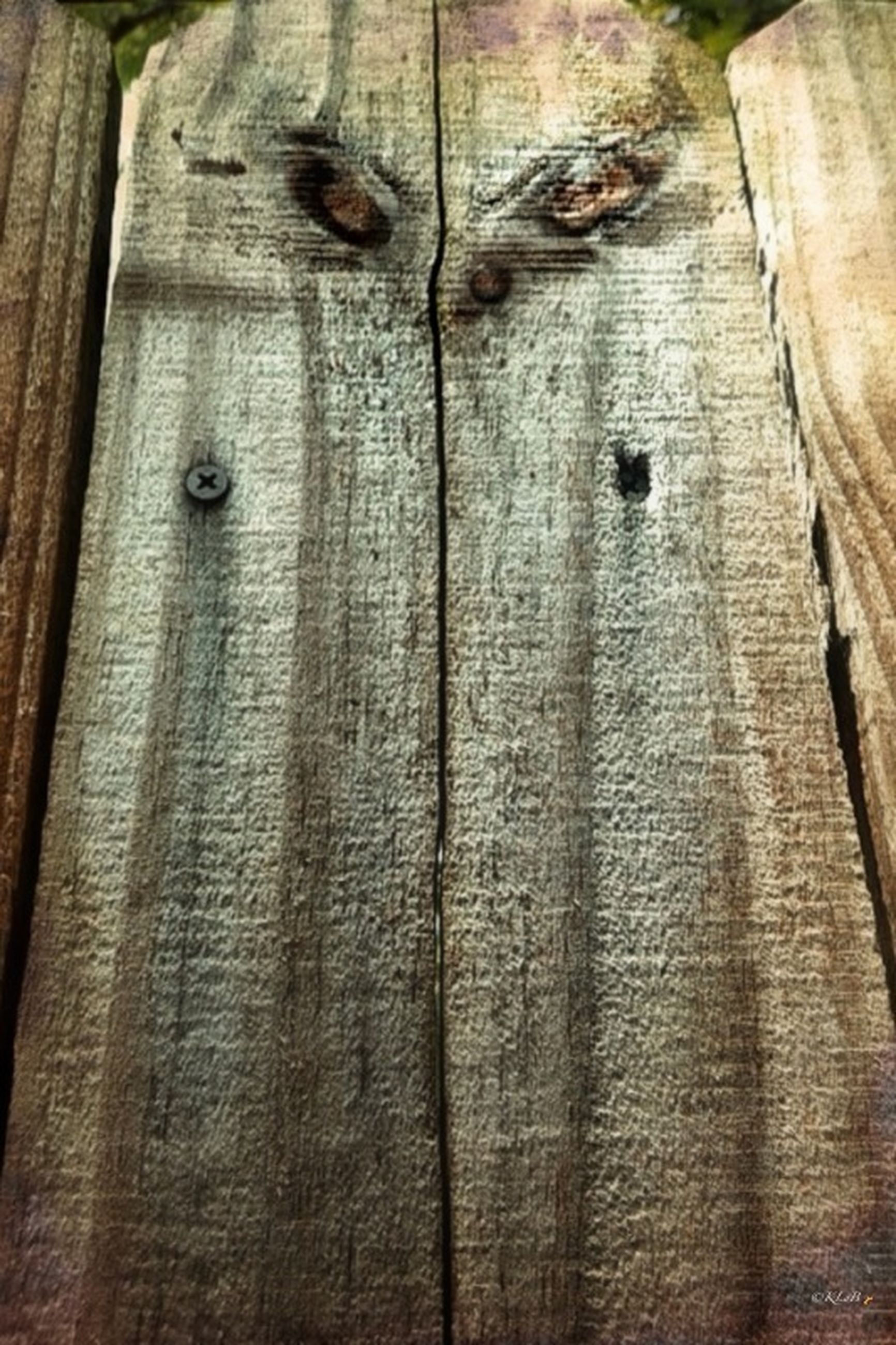 full frame, wood - material, backgrounds, wooden, textured, wood, plank, pattern, built structure, close-up, weathered, architecture, brown, old, low angle view, building exterior, detail, door, outdoors, day