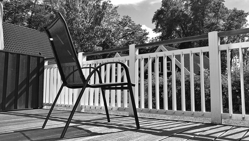 Railing Outdoors Day Tree Sky Chair No People Built Structure Light And Shadow Black And White Monochrome Terrace Place Of Heart Sommergefühle Breathing Space