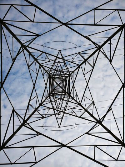 Electricity Pylon Steel Cable Abstract No People Global Communications Concentric Sky Cloud - Sky Pattern Symmetry Electricity  Minimalism The Week On EyeEm EyeEm Selects EyeEmNewHere Architecture Done That.
