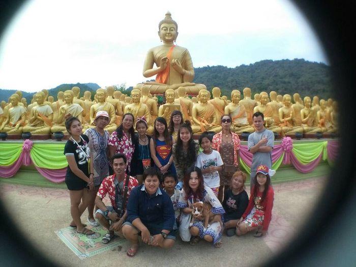 Family Big Family Fish Eye Buddha Temple