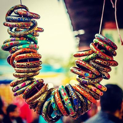 Delhi DelhiGram Dillihaat Sodelhi _soi India Indiapictures Bangles Handmade Handicraft Colorful Color Streetphotography