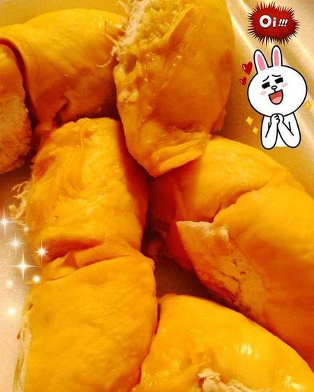 有種愛情叫榴蓮。 深夜放毒 都係俾我自己睇啫 食完要回味 Durian Tropical Fruit FoodILoveMost 無誤 Infallible