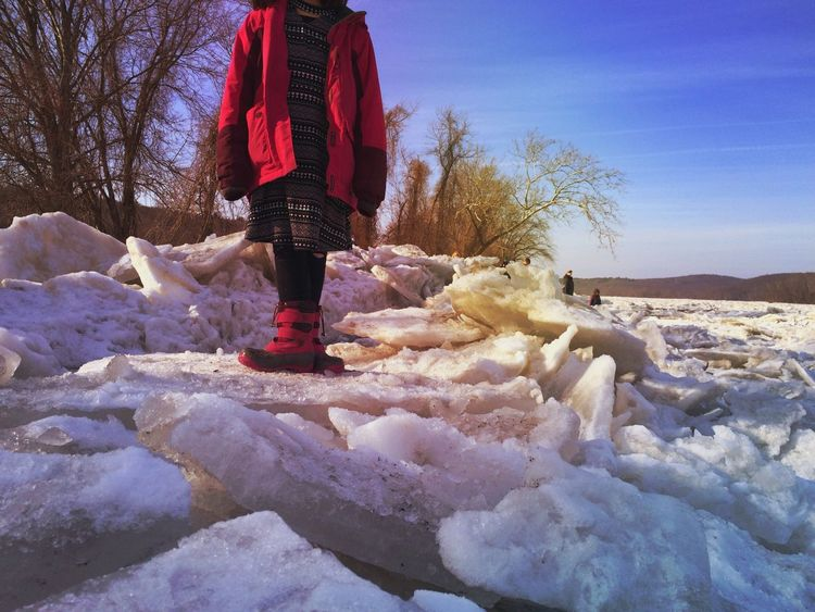 River Ice Tadaa Community Real People Winter One Person Cold Temperature Standing Nature Outdoors Scenics Warm Clothing Beauty In Nature