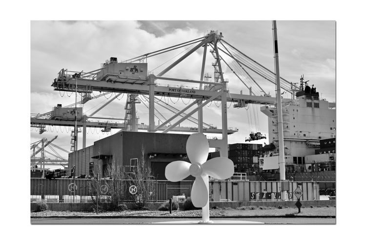 Middle Harbor 4 Port Of Oakland,Ca. Middle Harbor Ships Propeller Maritime Port Cranes Lifts Machinery Shipping Containers Freighter Being Loaded Dockyard Close-up Import/export Keys To The Economy Monochrome_Photography Monochrome Black & White Black & White Photography Black And White Black And White Collection  Loading Dock Industry Harbor Technology Shipyard Commercial Dock Freight Transportation Shipping  Loading Unloading Cargo Container