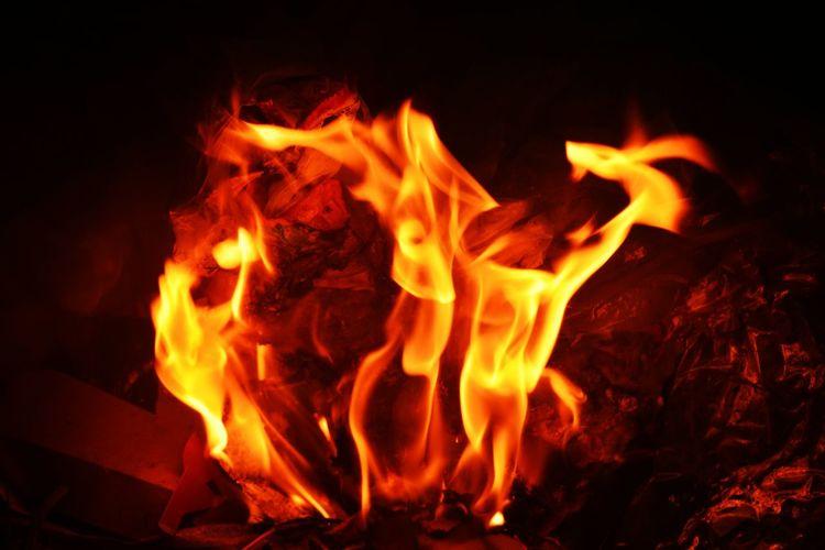 Ñābābāgåy āñg mgā tåø dyāñ. Nikonphotography Photography Nice Ike4like Follow Fire