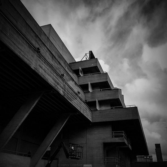 Historic Decadence Nationaltheatre 🇬🇧 3/6 Bnw