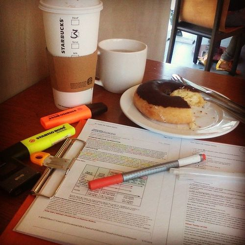 Afternoon date with my handouts. Lifeofamedicalstudent MD Inthemaking IcandoallthingsthroughChristl