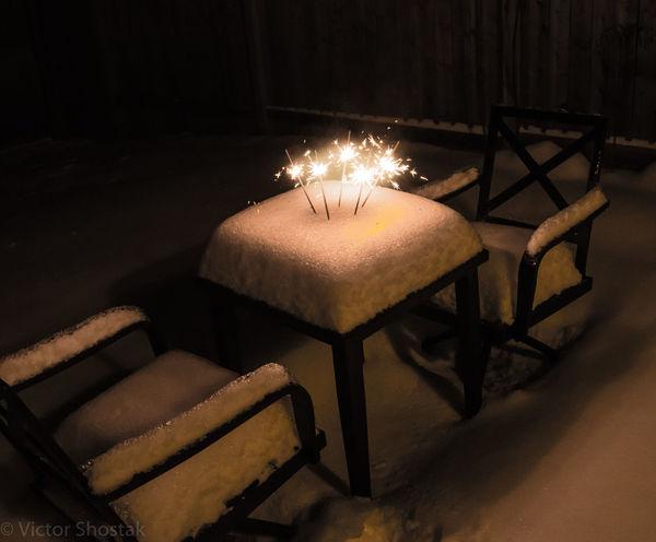 Surprise at night #BirthdayCake  #Night #Winter #backyard #birthday #nightshot #spark