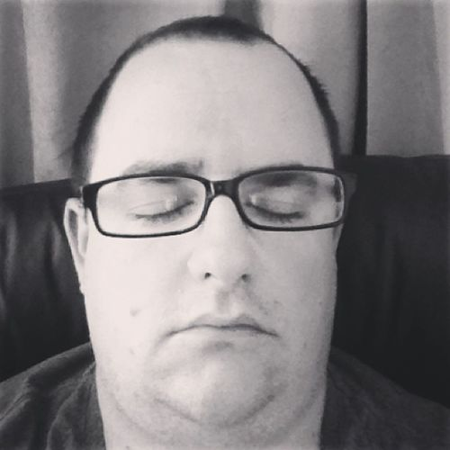 Me at 8am Iheartfaces .... Not a great Selfie but it's part of the challenge