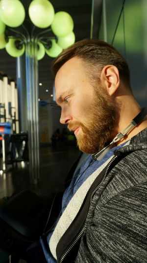 Only Men One Man Only Beard Contemplation One Person Side View Indoors  Waist Up Adult People Young Adult Illuminated Portrait Bearded Waiting