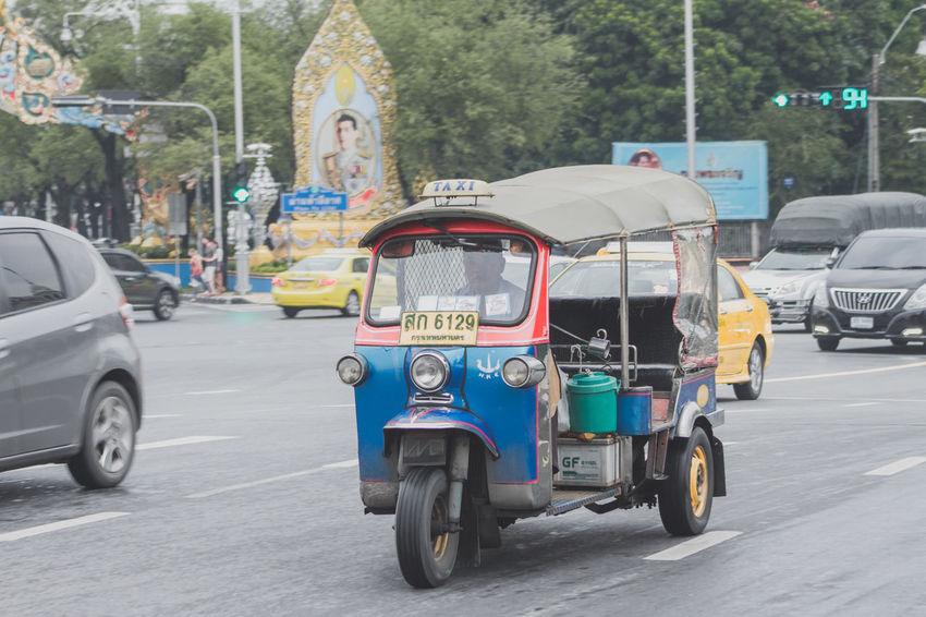 Tuk by Nathan ภาพเท้าพาไป th . Tuk Tuk Bangkok Dangerous Tuk Tuk In Bangkok Car Tuk Tuk Tuk Tuk Driver Tuk Tuk Thailand