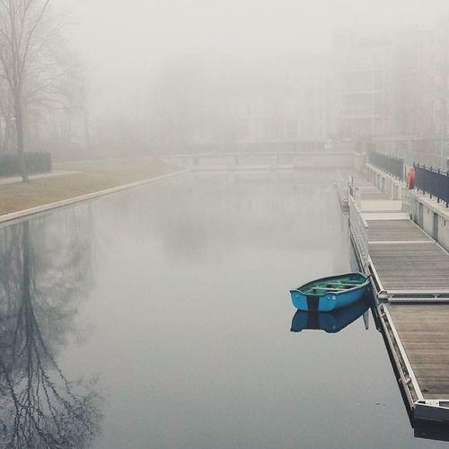 Mehrvomnebel Stadthafen Buntesbootalleinimhafen Fadingsight thisisleipzig vscocam