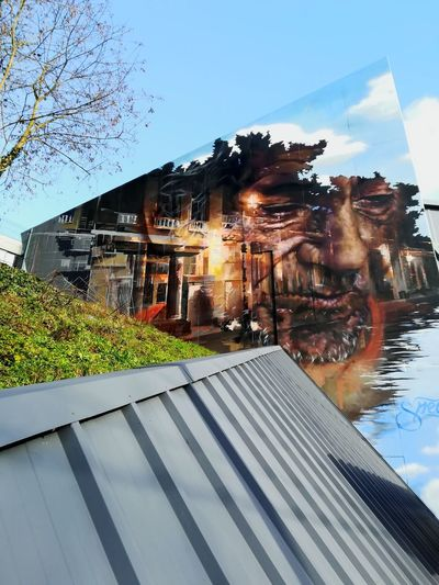 Street Art StreetArtEverywhere Streetart Urban Art Bruxelles Sky Architecture Outdoors Building Exterior Built Structure