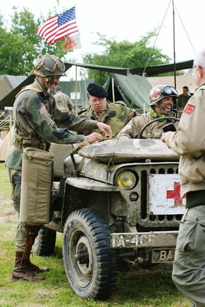 Airborne All The Way Reenactment Carentan The Paratrooper Diaries Paratroopers Jeep
