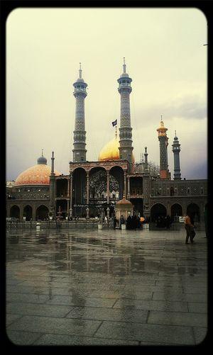 Iran Qom Cityscapes Relaxing ايران. قم. حرم حضرت معصومه. يک روز بارانى. آرامش