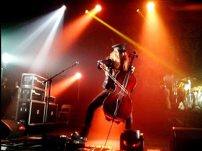 Perttukivilaakso Frontrow Cello Lovehim Concert Concert Photography Ilovethewayyoulookatme Dreamscometrue Apocalyptica Rockallnight