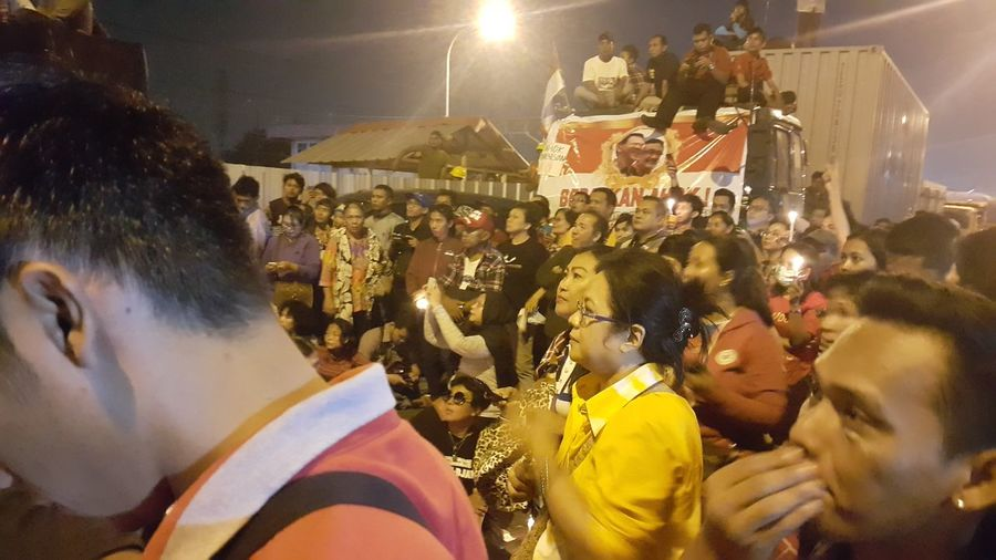 When they put Ahok in jail, Ahok is Governor of Jakarta, Indonesia People Power Women Power Demonstration